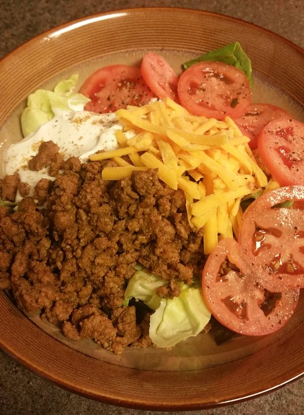 Keto taco salad with ground beef using homemade taco seasoning mix - Low carb, gluten free, grain-free
