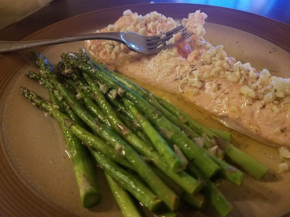 Keto Garlic Dill Salmon with Asparagus; low-carb; paleo