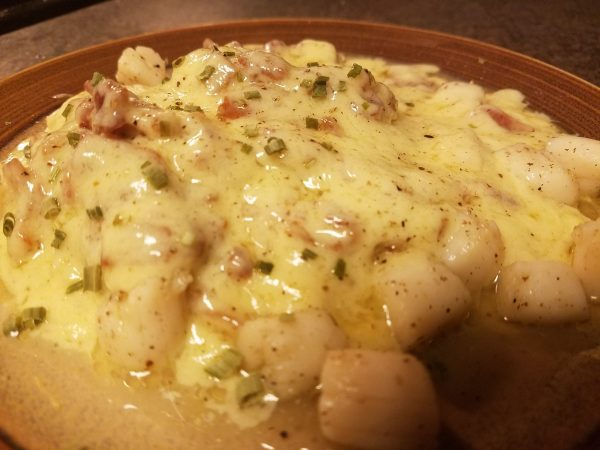 Seared Bay scallops in bacon cream sauce; keto, low-carb, gluten-free